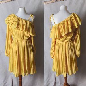 REVOLVE NWT ENDLESS ROSE One Shoulder Yellow Dress